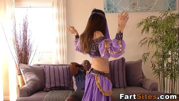 Arab slut rides schlong
