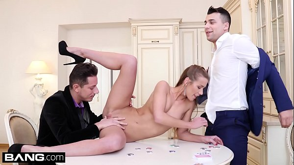 Glamkore – Alexis Crystal poker game turns into DP session