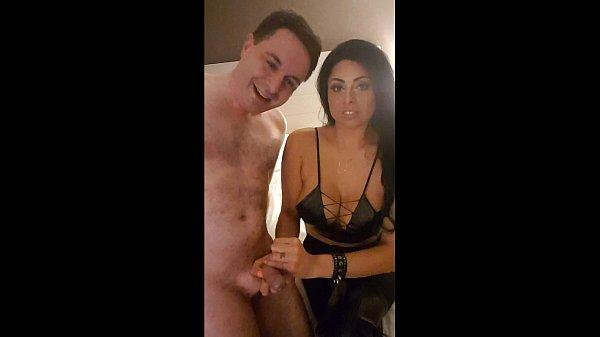 Ballbusting: Jasmine Mendez destroys the balls of Andrea Dipre