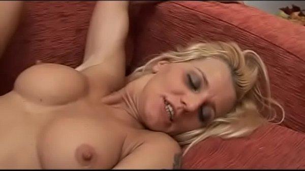Italian blonde milf show off her great body