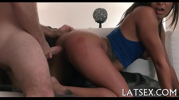 Model latin babe